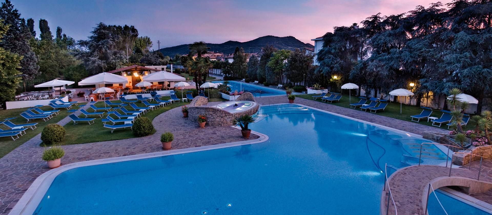 Hotel thermalkuren montegrotto terme hotel terme delle - Hotel preistoriche montegrotto prezzi piscine ...